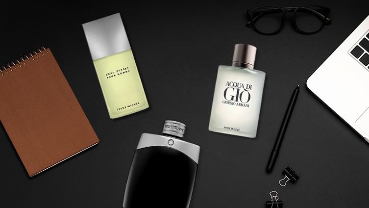 Perfumes para hombre en exhibición